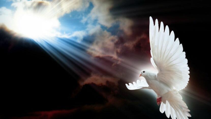 Αγίου Πνεύματος - γιορτή: Συμβολισμός, ήθη, έθιμα και παραδόσεις από όλη την Ελλάδα