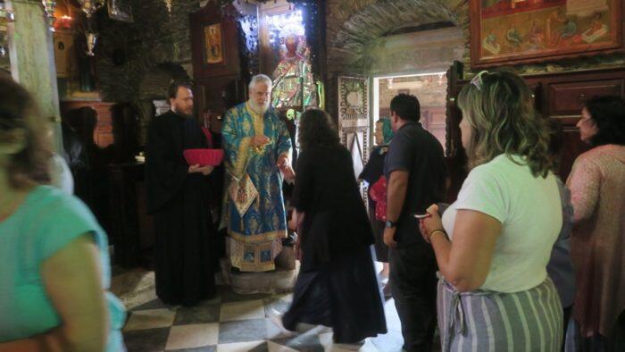 Ο Σύρου Δωρόθεος επισκέφθηκε τα ΄΄Τετράδυμα΄΄ της Άνδρου