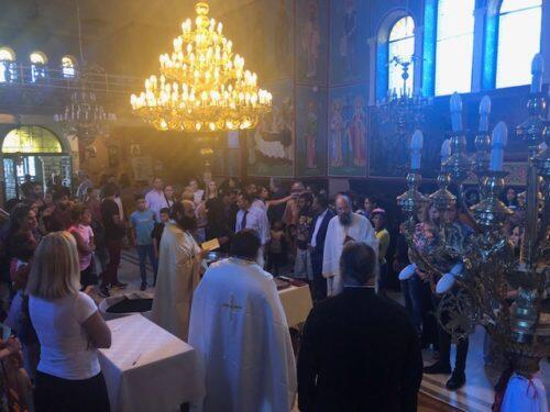 Ομαδικὴ βάπτιση παιδιών Ρομά στην Ιερά Μητρόπολη Πατρών