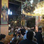 Τώρα: Χιλιάδες πιστοί προσέρχονται να θεραπευτούν από το θαυματουργό Τίμιο Σταυρό