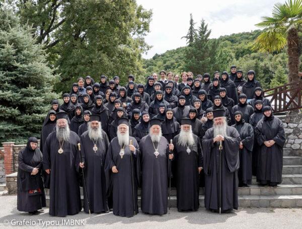 Ήρωες Αρχιερείς και Μοναχοί καλούν να μην επικυρωθεί η απόφαση για τη Μακεδονία