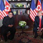 Σιγκαπούρη - Τώρα: Ιστορική συνάντηση Τραμπ με Κιμ Γιονγκ Ουν