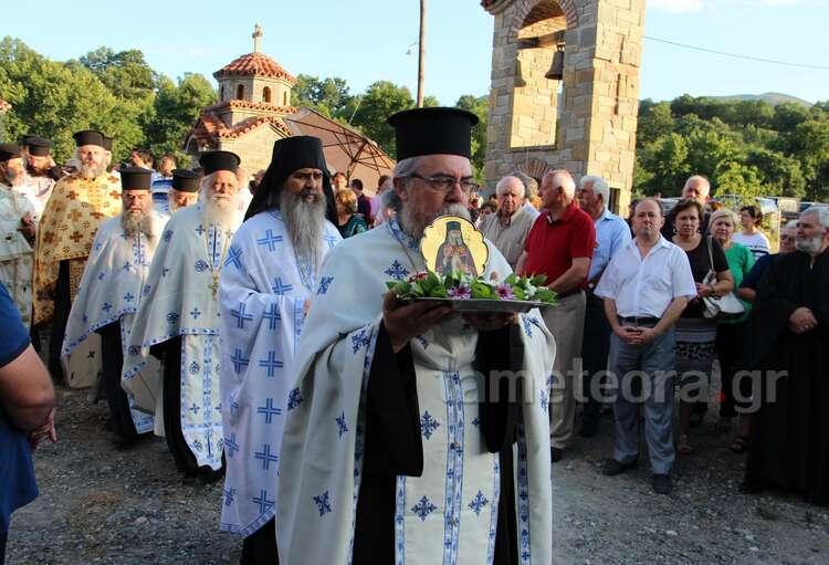 Άγιος Λουκάς ο Ιατρός: Δισαρχιερατικός Εσπερινός στην Καλαμπάκα