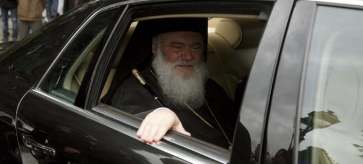 Ψευδής η είδηση ιστοσελίδων για επίθεση στο αυτοκίνητο του Αρχιεπισκόπου