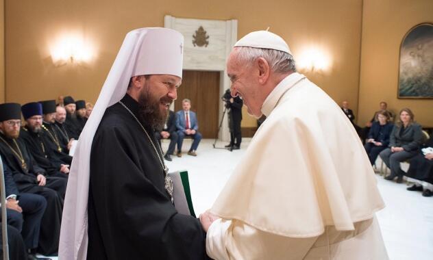 Συνάντηση Μητροπολίτη Ιλαρίωνα με Πάπα Φραγκίσκο