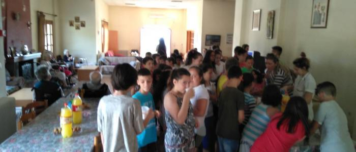 Χαρούμενες παιδικές παρουσίες στο Γηροκομείο Σπερχειάδος