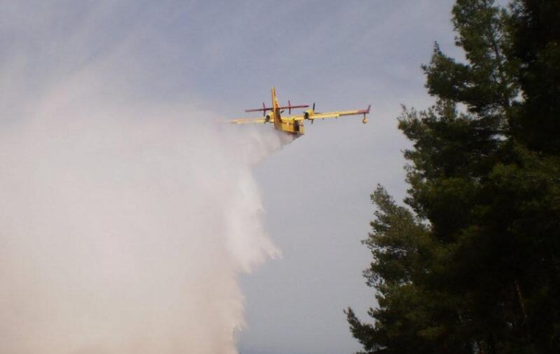 Πυρκαγιά στο Άγιο Όρος από κεραυνό