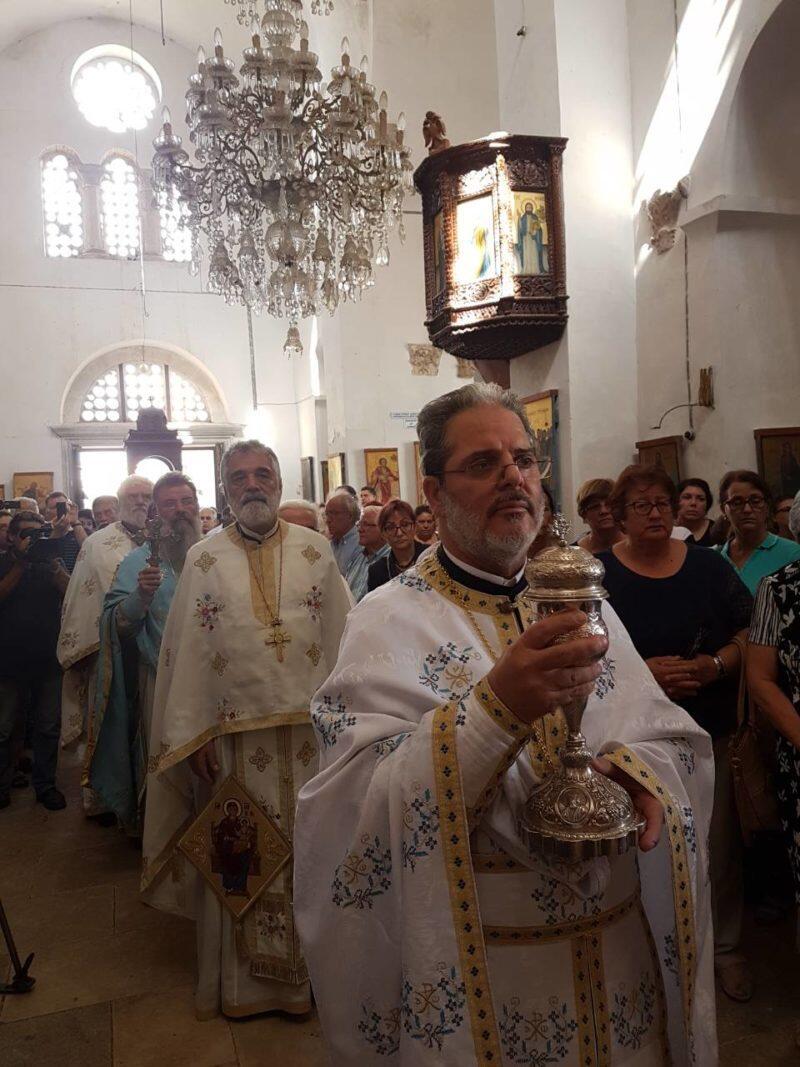 Αρχιερατική Θεία Λειτουργία στην πανηγυρίζουσα Μονή Αποστόλου Βαρνάβα