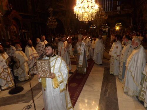 Πανελλήνιες 2018: Αγρυπνία στον Ναό Αποστόλου Παύλου Κορίνθου