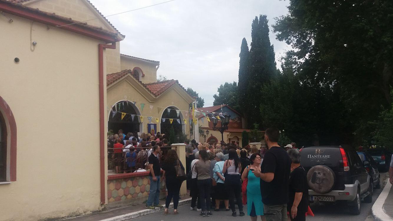 Λαγκαδάς - Τώρα: Γιορτή της Ορθοδοξίας - Ιστορική η προσέλευση του κόσμου για τον θαυματουργό Τίμιο Σταυρό