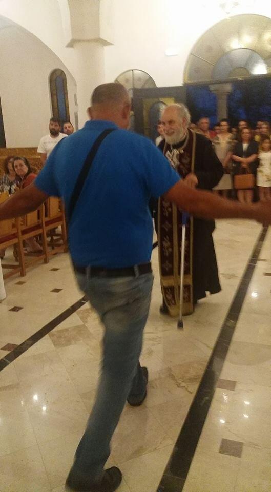 Λουτρά - Τώρα: Άνδρας με πρόβλημα περπάτησε ξανά - Νέες συγκλονιστικές εικόνες