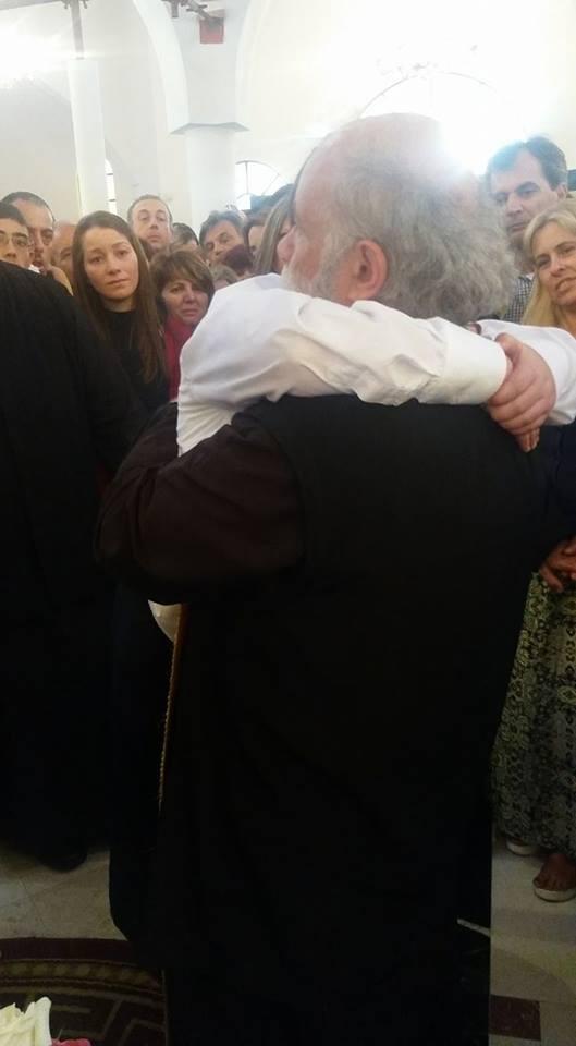 https://www.ekklisiaonline.gr/nea/tora-sygklonistikes-stigmes-sta-loutra-chiliades-pisti-gia-to-thavmatourgo-timio-stavro/