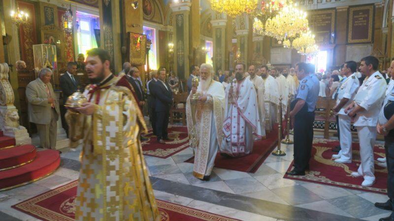 Σύρος: Με λαμπρότητα τιμήθηκε η μνήμη του Αγίου Ιερομάρτυρος Δωροθέου