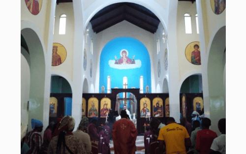 Ο Μπραζαβίλ Παντελεήμων στον Ενοριακό Ναό Αγίας Φωτεινής