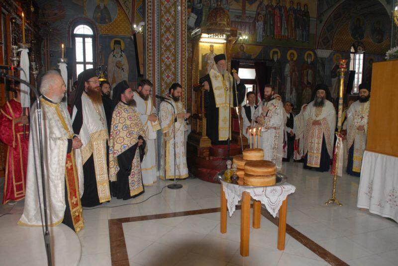 Χαλκίδα: Πλήθος πιστών υποδέχθηκε την Εικόνα της Παναγίας της Ξενιάς