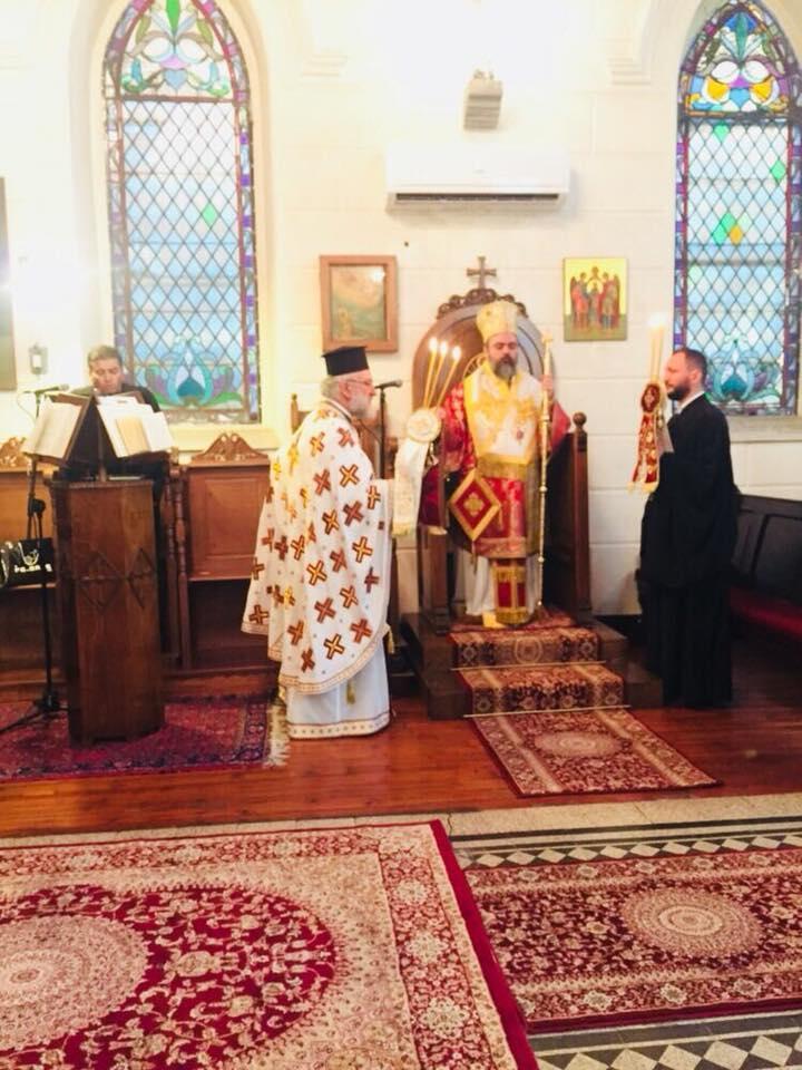 Σμύρνη: Λαμπρά Ονομαστήρια του Μητροπολίτη Βαρθολομαίου στην Αγία Φωτεινή