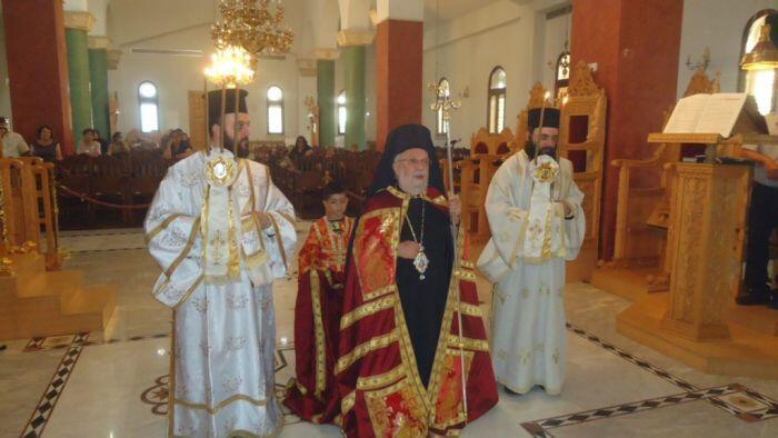 Πάφος: Συγκίνηση κατά τη Θεία Λειτουργία στην Τάλα