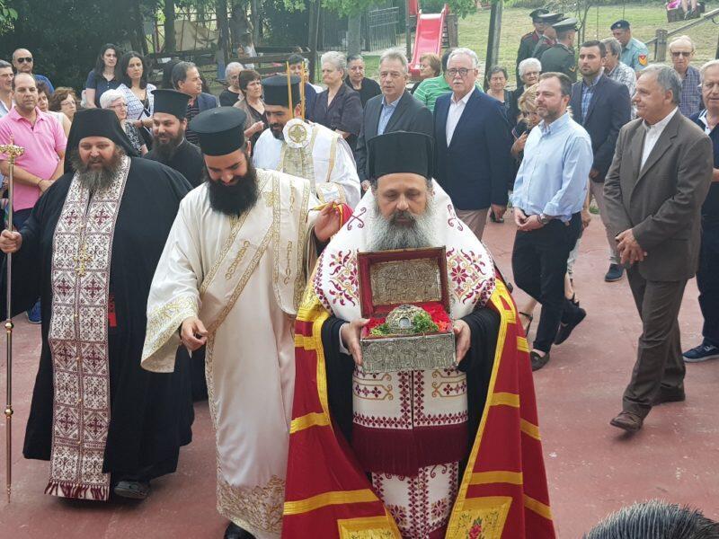 Τα Τρίκαλα υποδέχθηκαν την Τίμια Κάρα του Αγίου Παρθενίου
