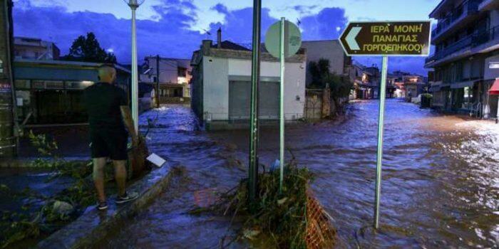 Μάνδρα: Ολονύκτια περιπέτεια για τους κατοίκους
