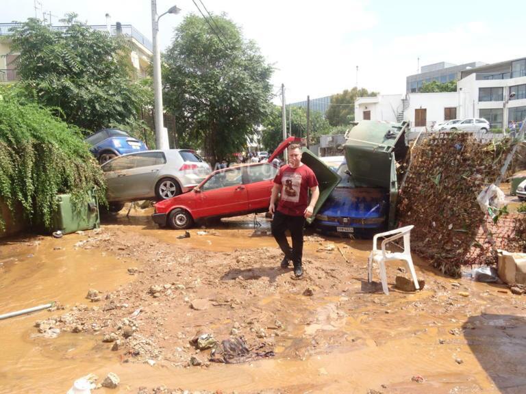 Μαρούσι: Εικόνες ντροπής μετά τη μπόρα