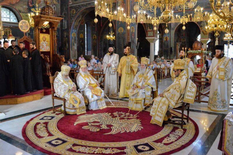 Άγιοι Ανάργυροι: Αρχιερατικό Συλλείτουργο στην Έδεσσα
