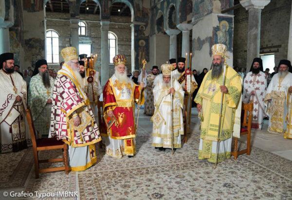 Αγιος Παντελεήμονας: Αρχιερατικό Συλλείτουργο στη Βέροια