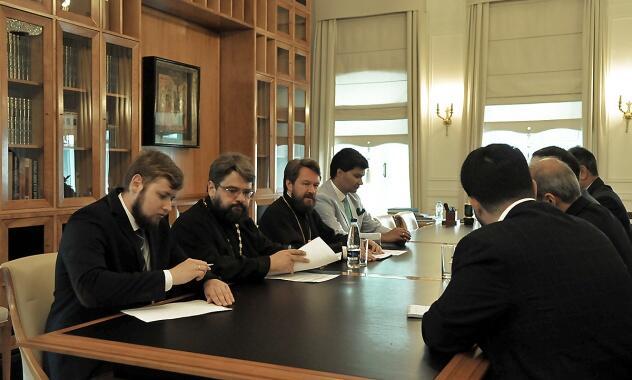 Συνάντηση του Μητροπολίτη Βολοκολάμσκ Ιλαρίωνα με τον Πρέσβη του Ιράν στη Ρωσία