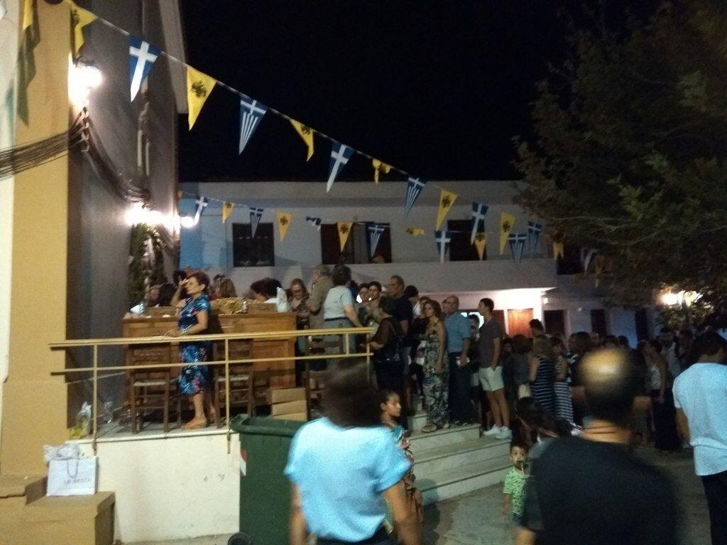 Αγία Μαρκέλλα: Εκατοντάδες πιστοί προσήλθαν πεζοί για να προσκυνήσουν