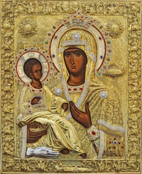 Την Πολιούχο της, Παναγία Τριχερούσα τιμά η Φοινικούντα