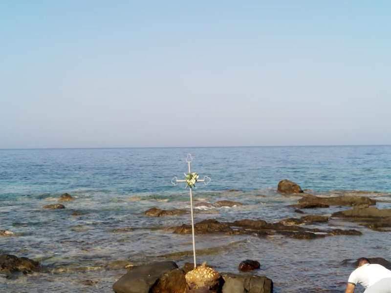 Η Χίος τίμησε τη Χιοπολίτιδα - πλήθος πιστών στο Αγίασμα