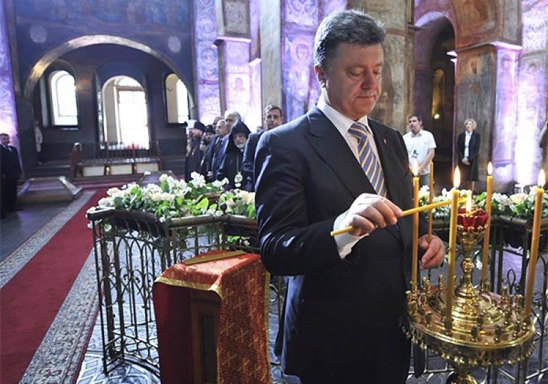 Ποροσένκο: Απειλή για την Εθνική Ασφάλεια η Εκκλησία της Ρωσίας