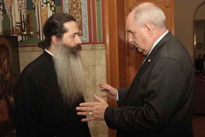 Με πρόεδρο ΕΟΠΥΥ και Τέρενς Κουίκ συναντήθηκε ο Αρχιεπίσκοπος