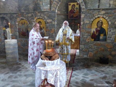 Θεία Λειτουργία στη μητρόπολη του βλαχόφωνου Ελληνισμού