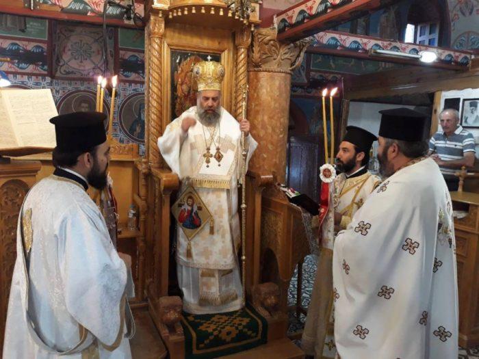 Ο Θεσσαλιώτιδος Τιμόθεος στον Ιερό Ναό Προφήτου Ηλιού Τ.Κ. Ηλιά