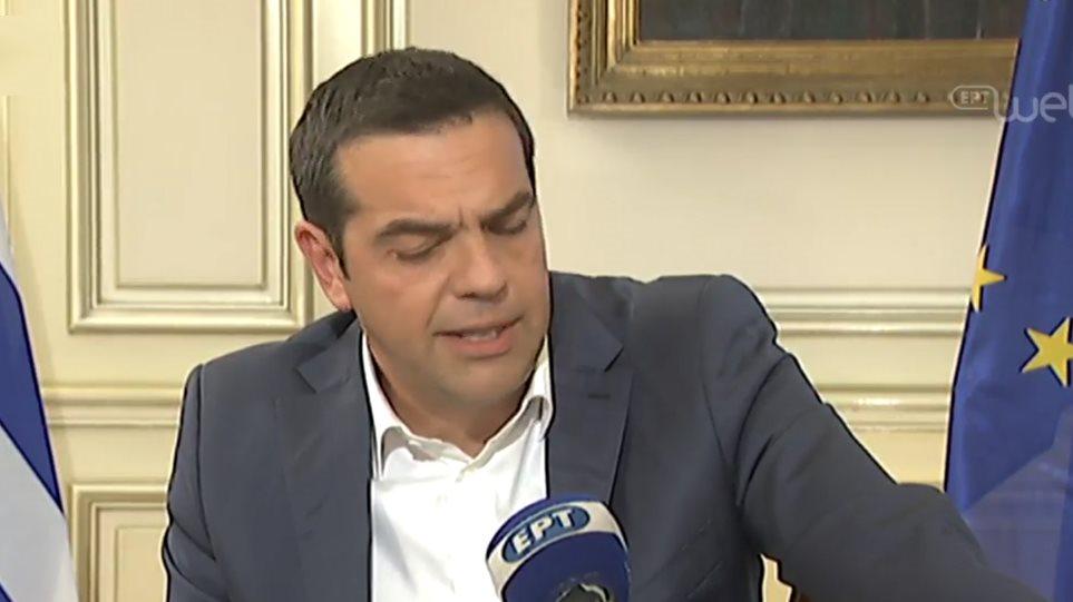 Τσίπρας - Συνέντευξη: Αναλαμβάνω την πολιτική ευθύνη