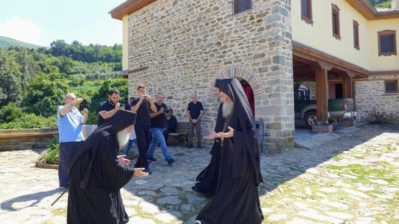 Άγιο Όρος: Λαμπρή πανήγυρη των Αποστόλων Πέτρου και Παύλου στην Ι. Μονή Καρακάλλου