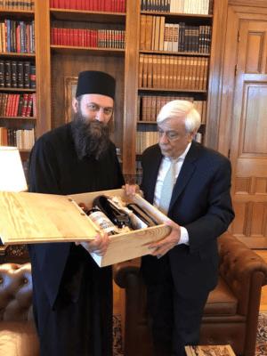 Ο Ηγούμενος της Μονής Χιλιανδαρίου Αγίου Όρους στον Πρόεδρο της Δημοκρατίας