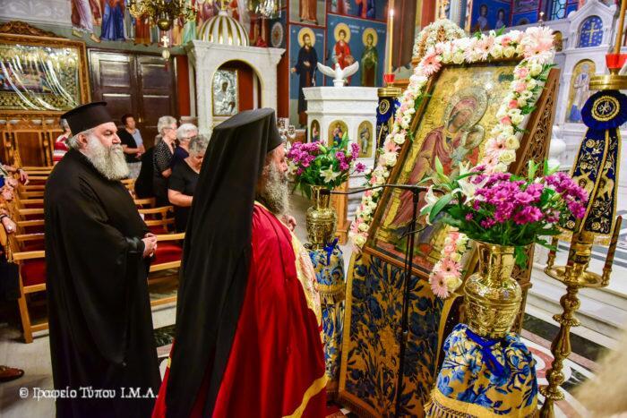 Παράκληση Παναγίας: Πλήθος πιστών στον Μητροπολιτικό Ναό Αγίας Παρασκευής Λαγκαδά