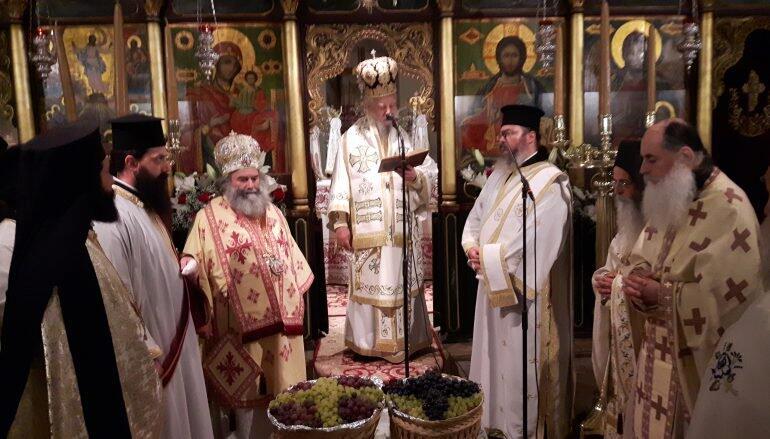 Κύμη: Δισαρχιερατική Αγρυπνία στην Ιερά Μονή Μεταμορφώσεως