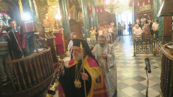 Παράκληση Παναγίας: Πλήθος πιστών στην Ερμούπολη για την πρώτη παράκληση