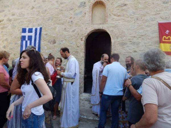 Πλήθος πιστών στην ιστορική Ιερά Μονή Παναγίας Χιλιαδούς