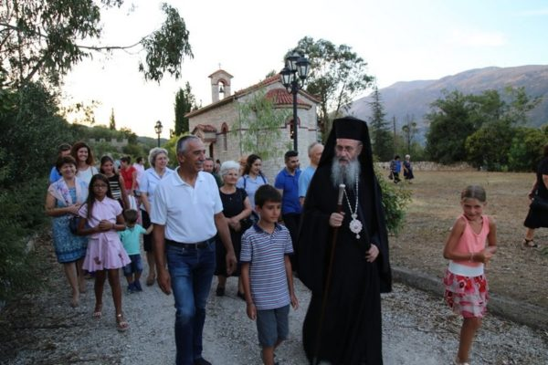 Μητρόπολη Ναυπάκτου: Παράκληση στο Ναΰδριο του Οσίου Δαβίδ