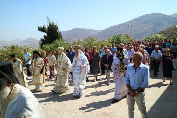 Πλήθος κόσμου στον Εορτασμό του Αγίου Αρσενίου του Εν Πάρω