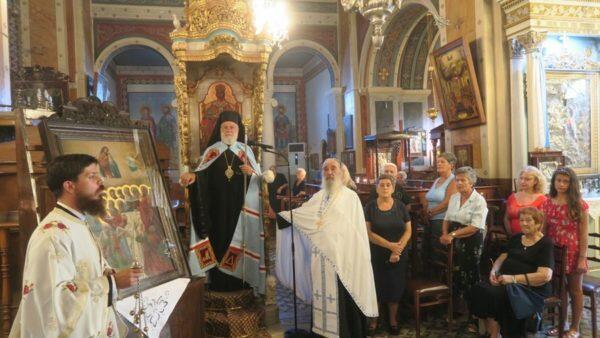 Η Ακολουθία της Ιεράς Παρακλήσεως από τον Μητροπολίτη Σύρου Δωρόθεο
