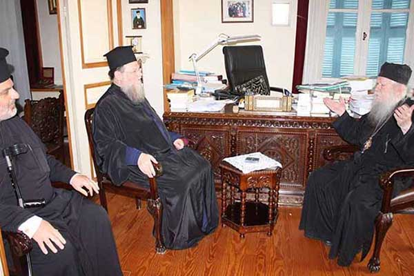 Στον Μητροπολίτη Ηλείας ο Επίσκοπος Ευκαρπίας από την Αστόρια