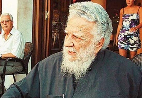Εκοιμήθη ο π. Σταύρος Καρπαθιωτάκης - Ιερέας που τέλεσε την κηδεία του Καζαντζάκη