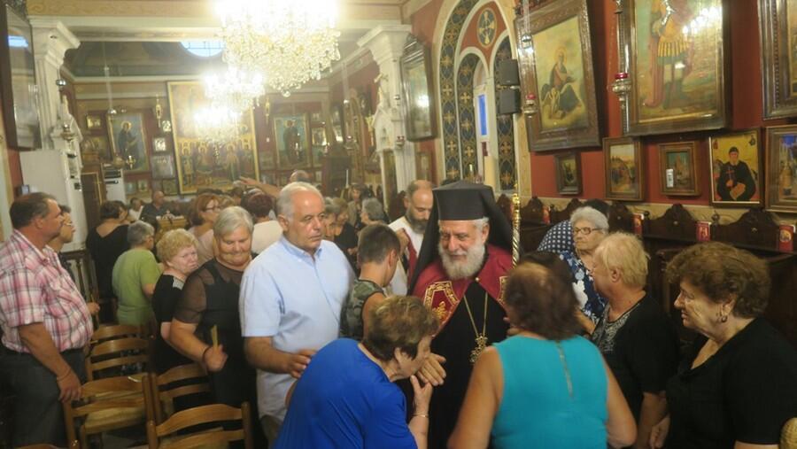 Ερμούπολη: H Ακολουθία της Παρακλήσεως στον Ναό των Παμμεγίστων Ταξιαρχών