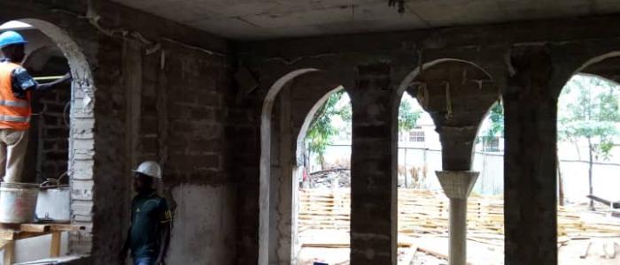 Με γοργούς ρυθμούς ανοικοδομείται το Πνευματικό Κέντρο της Μητροπόλεως Μουάνζα