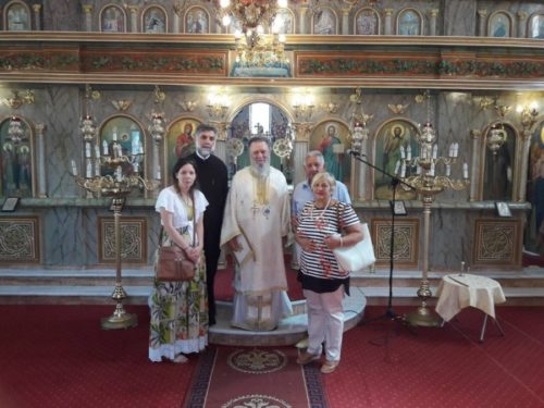 Αρχιερατική Θεία Λειτουργία στην πυρόπληκτη ενορία του Σταυρού Ψαχνών