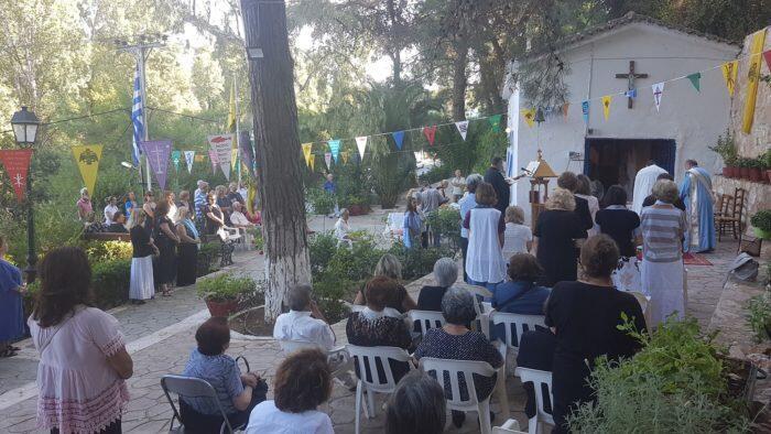 Κηφισιά: Πανηγυρική Θεία Λειτουργία στην Παναγία τη Χελιδονού